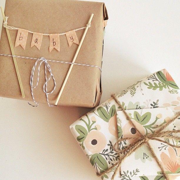 Ideas para envolver un regalo de beb packaging - Regalos envueltos originales ...