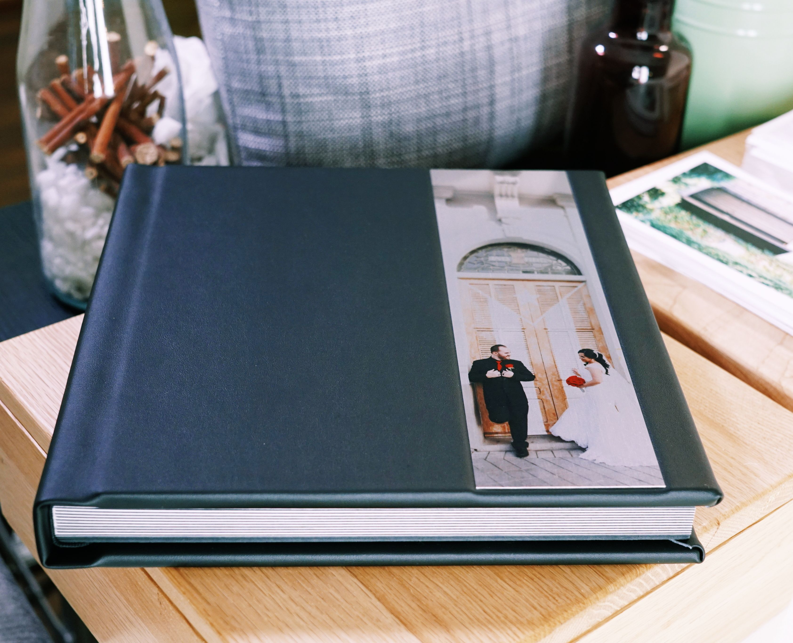 A Beautiful Lay Flat Thick Mounted Pages With Stunning Panoramic Prints Metal Cameo And Classic Black Cover Wedding P Panoramic Print Classic Black Classic