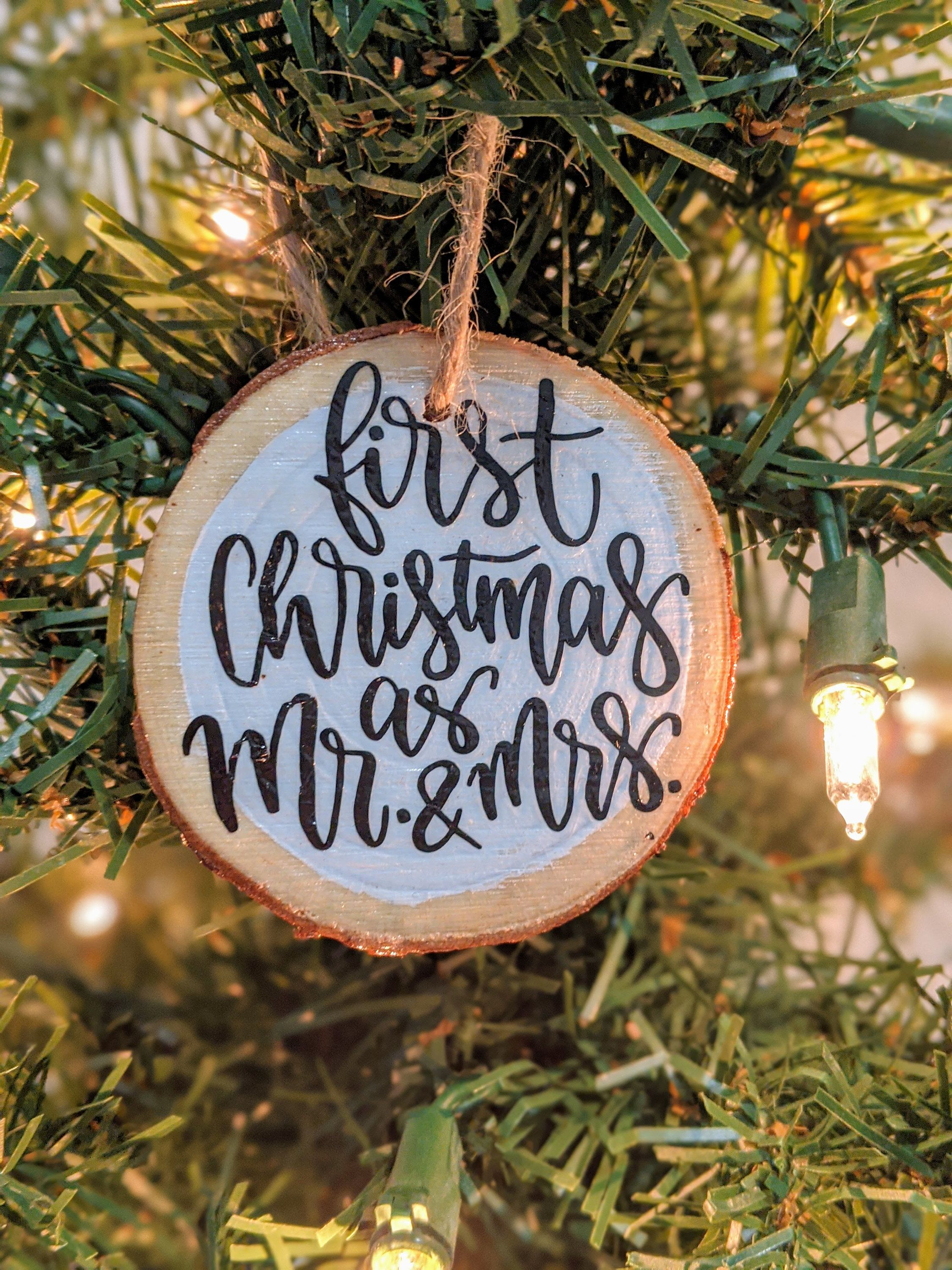 First Christmas As Mr And Mrs Natural Wood Slice Ornament Etsy In 2021 Wood Christmas Ornaments Diy Christmas Ornaments Wooden Ornaments Diy