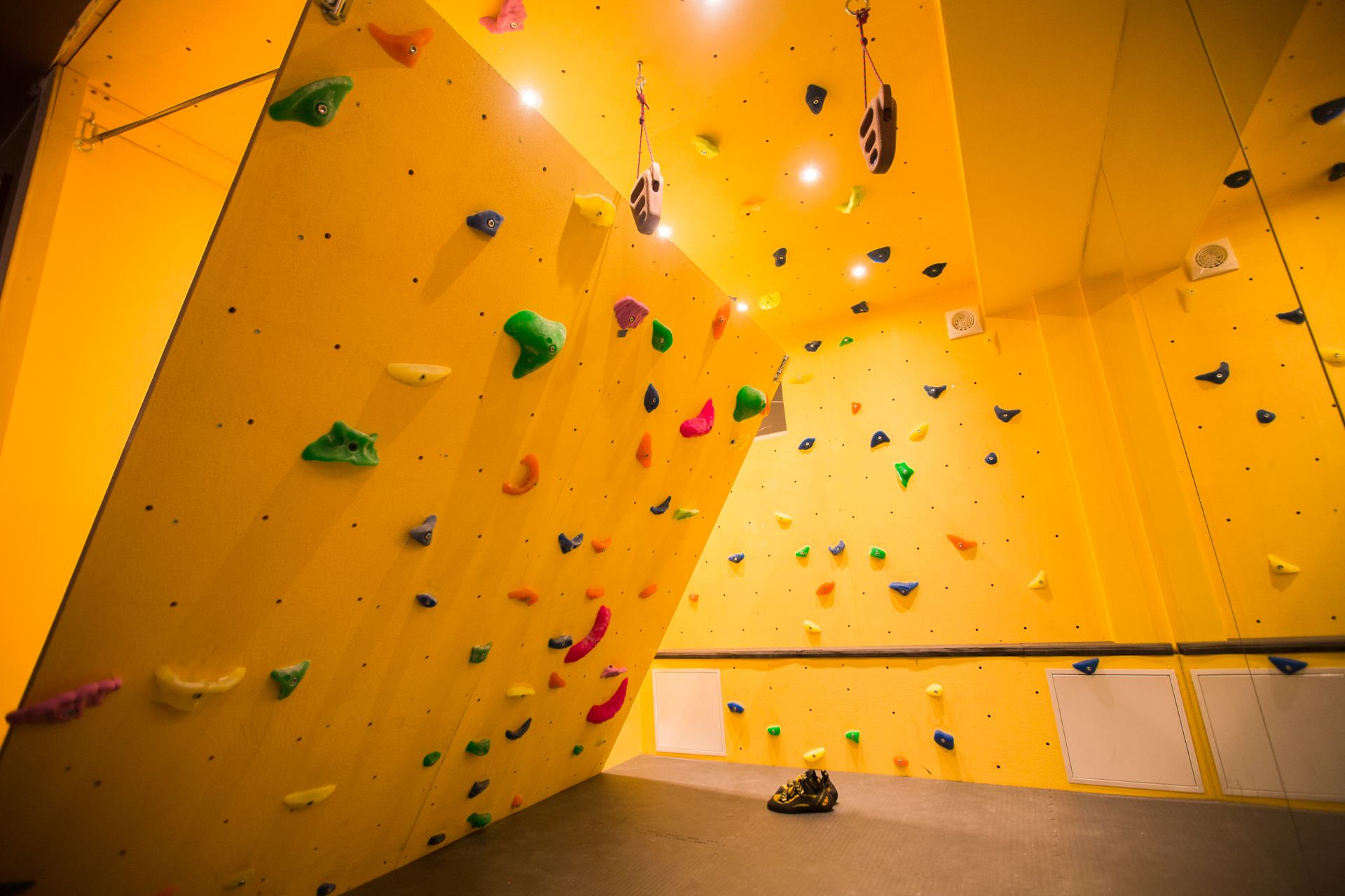 Rock Climb At Home With An Inclined Bouldering Wall Make Bouldering Wall Bouldering Home Climbing Wall
