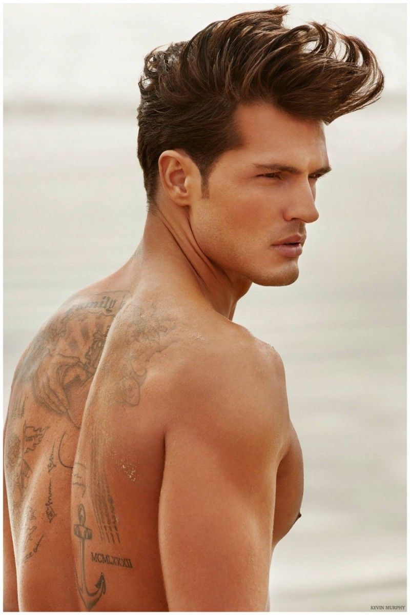 Diego miguel hits the beach for kevin murphy militarythemed hair