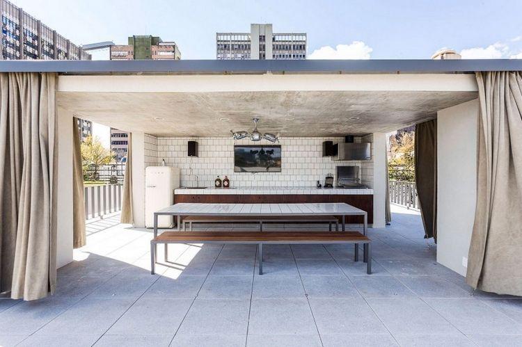 Bardage Claire Voie Vertical Et Horizontal En Bois La Casa Lara In 2020 Haus Architektur Zeitgenossisches Haus Design Fur Zuhause