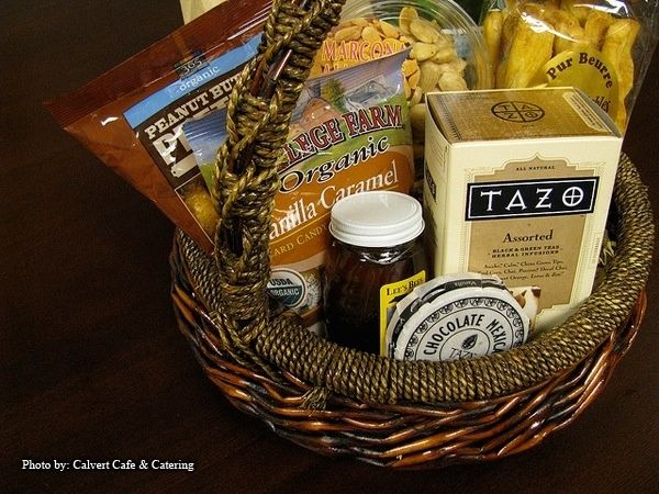 Wedding Welcome Baskets | Wedding Gifts: Welcome Baskets for Out of ...