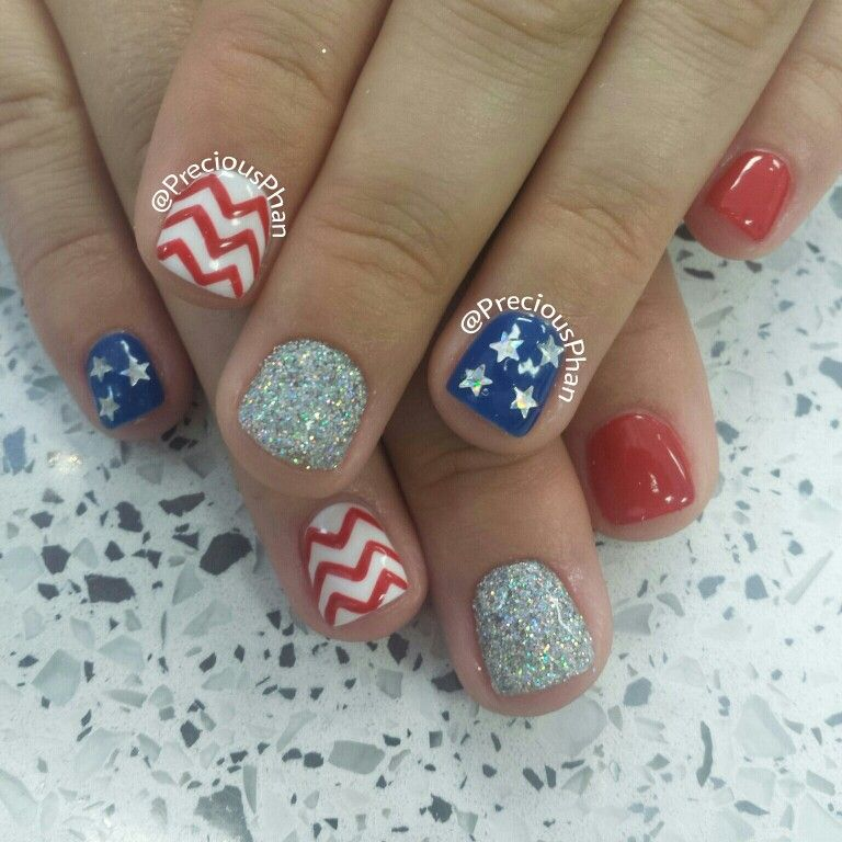 Chevron, fourth of july nails