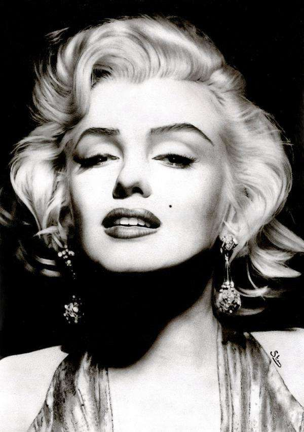 Its All In The Details #MarilynMonroe