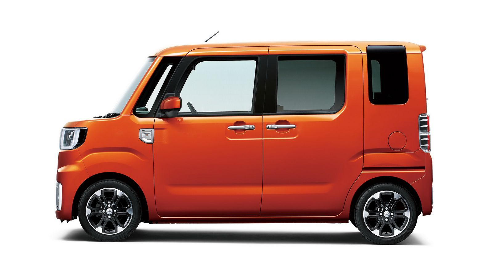 Daihatsu Wake Kei Car Toyota City Car