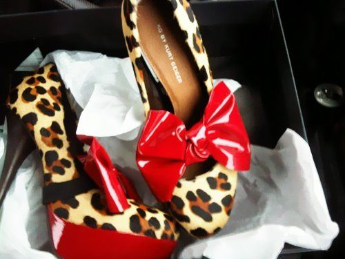 These would so cute as flats!  ♥