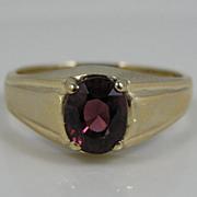 Vintage Gold Art Deco Mens or Ladies Ring with Fine Garnet Center