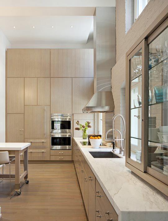 10 Inspiring Kitchens With Blond Wood Loft Kitchen Modern Kitchen Cupboards Contemporary Kitchen