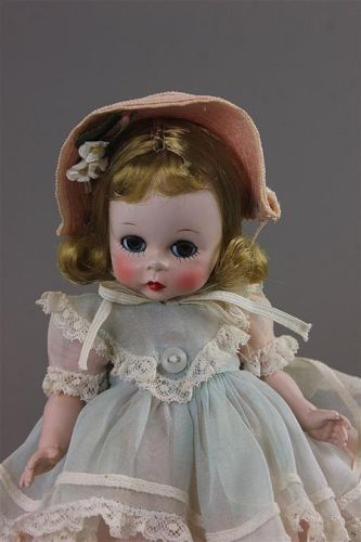 Mcmasters Harris Premier Doll Auction By Apple Tree Auction Center Ebay Live Auctions Madame Alexander Dolls Madame Alexander Alexander Dolls