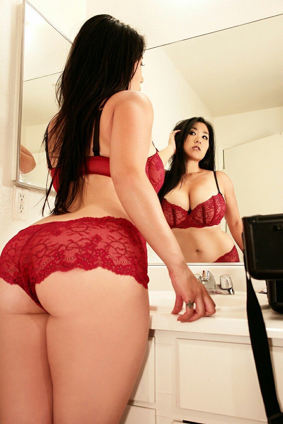 girl lingerie Chinese red
