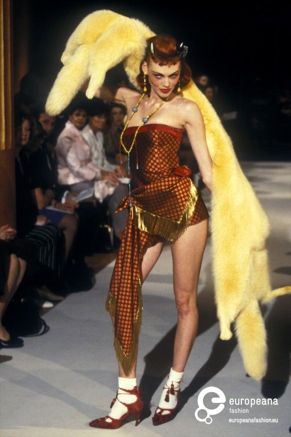 I understand this was produced in the 90s but this is horrible: it looks like her dress went through a shreddar, just a mess...Christian Dior, Autumn-Winter 1997, Womenswear