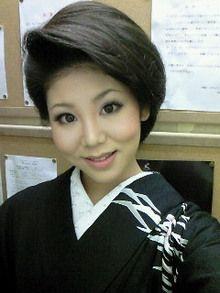 和髪の参考に 未輝さんへ ヘアスタイリング ウェディングヘア 美髪