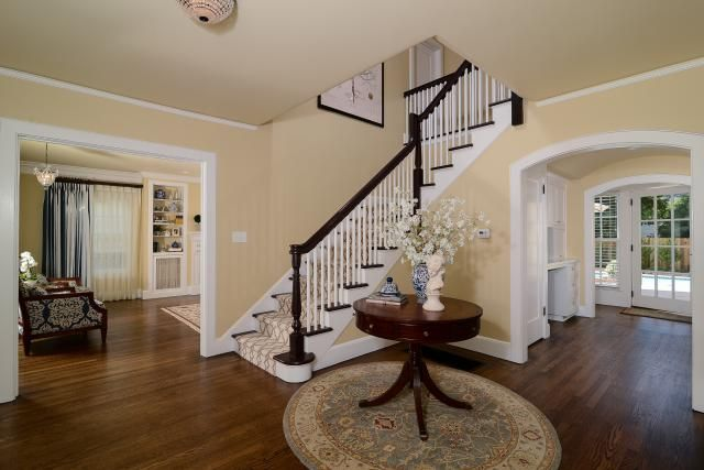 Get The First Look At Designer S Top 10 Picks For Foyer Paint Color Morning Sun
