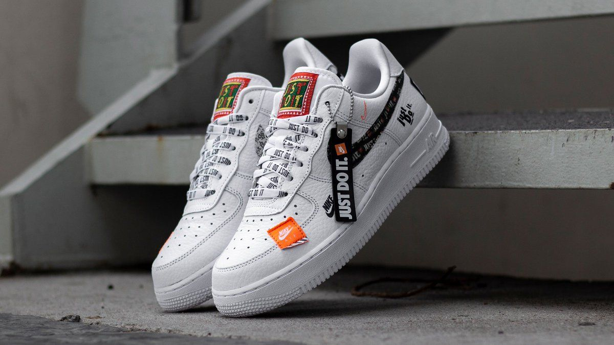 NIKE AIR FORCE 1 PREMIUM JUST DO IT WHITE BLACK ORANGE