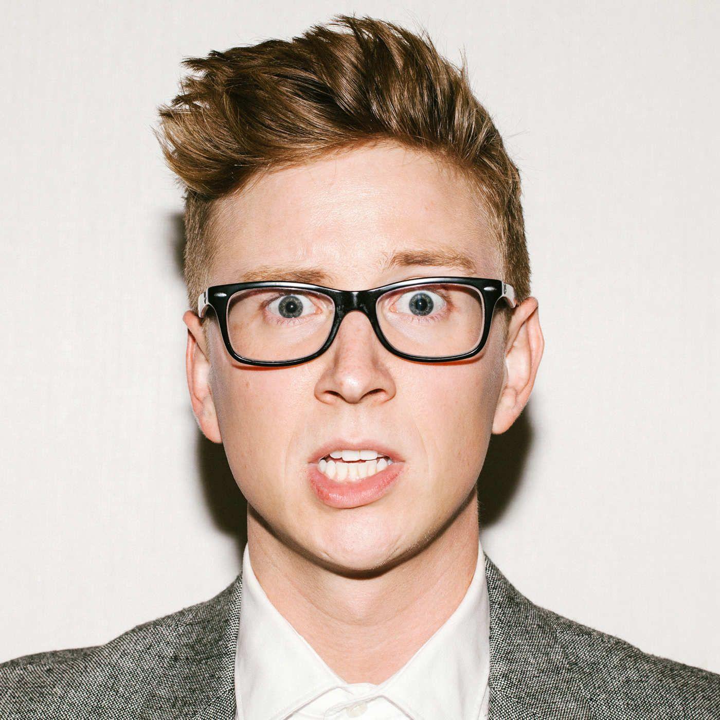 Ellen, Analog, Amazing Race: YouTube Star Tyler Oakley ...