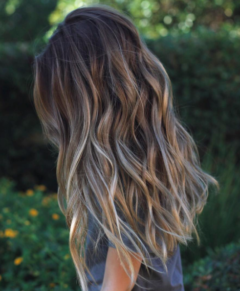 Such Healthy Hair Browns Ash Blonde And Deep Sand Shades Makes This A Deeper Sun Kissed Color Hair Styles Long Brown Hair Hair Color