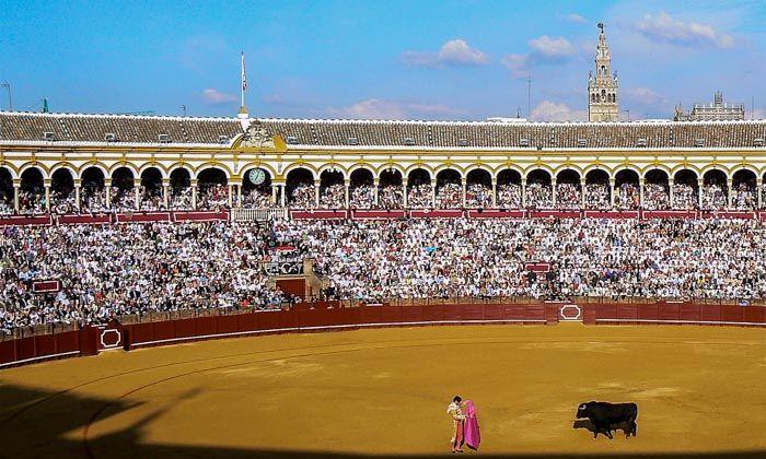 feria de abril en sevilla 2015 plaza de toros de la Maestranza de Sevilla