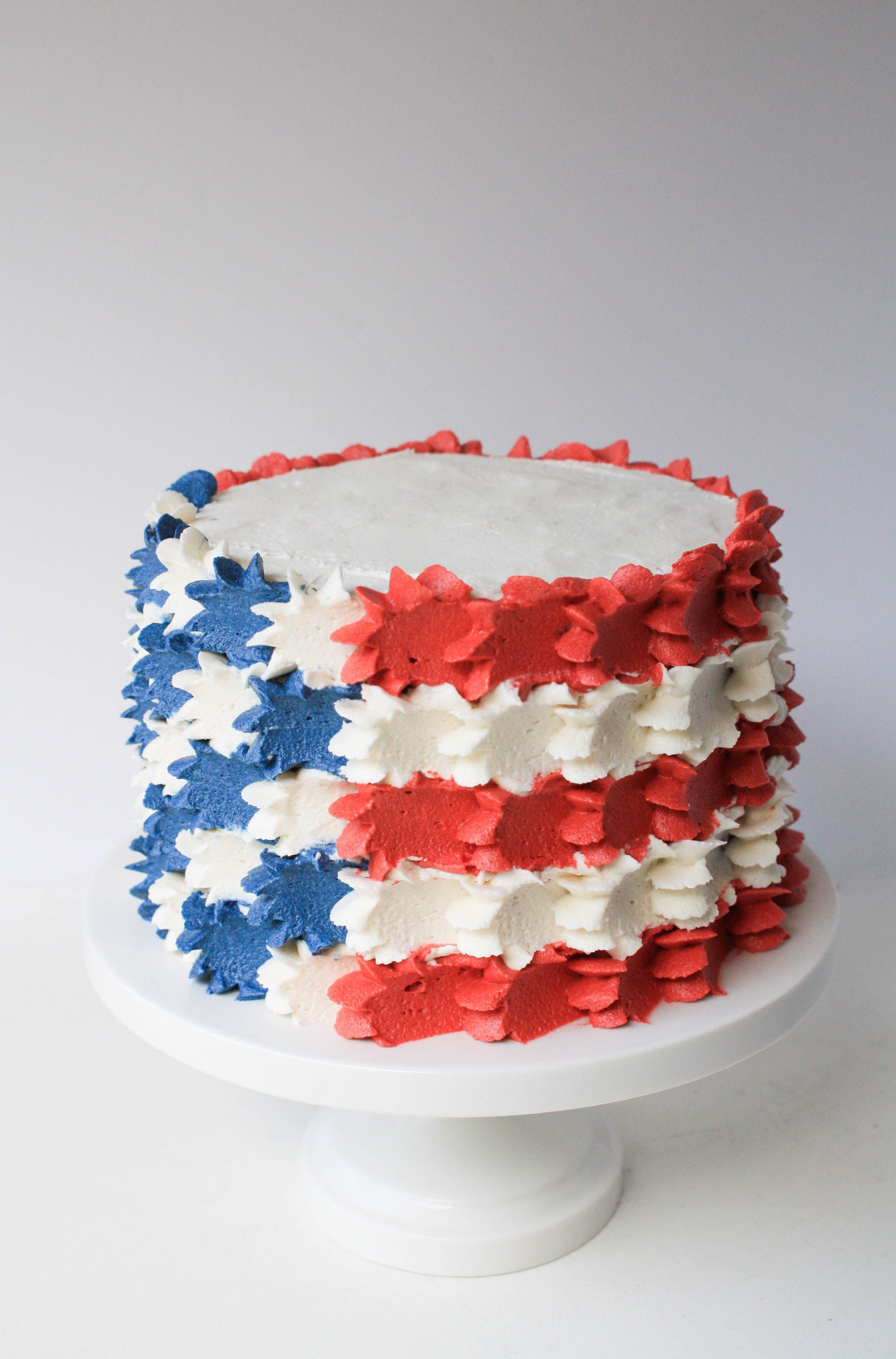 Buttercream Stars And Stripes Flag Cake With Images 4th Of