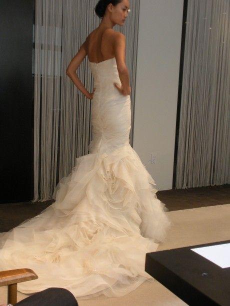 Vera Wang Gemma, $4,500 Size: 8 | Used Wedding Dresses | Grand ...