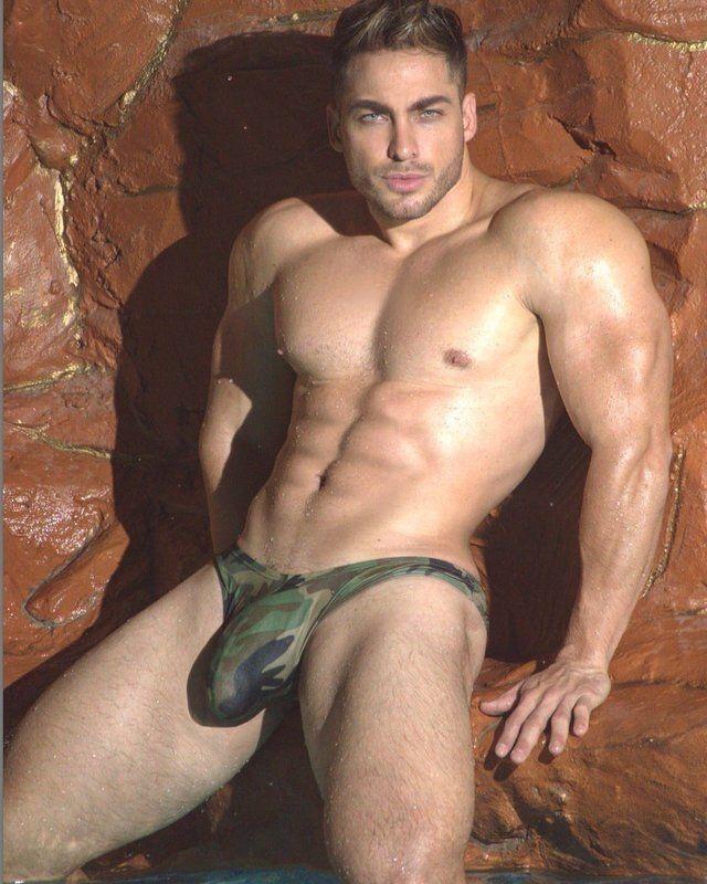 Hot Gay Porn Thongs 103