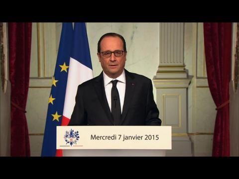 """Attentat à Charlie Hebdo: Hollande appelle au """"rassemblement"""""""