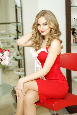 hot-hot-ukraine-men-and-women-latina-wife-porn-gif