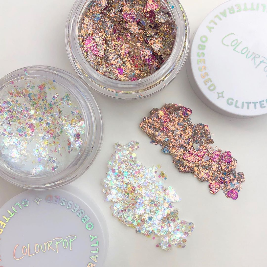 Celebrating February with 2 NEW Glitters! 💥 Which one is