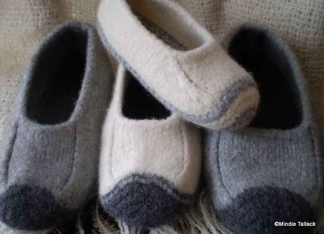 Duffers - revisited pattern by Mindie Tallack | Socks and slippers ...