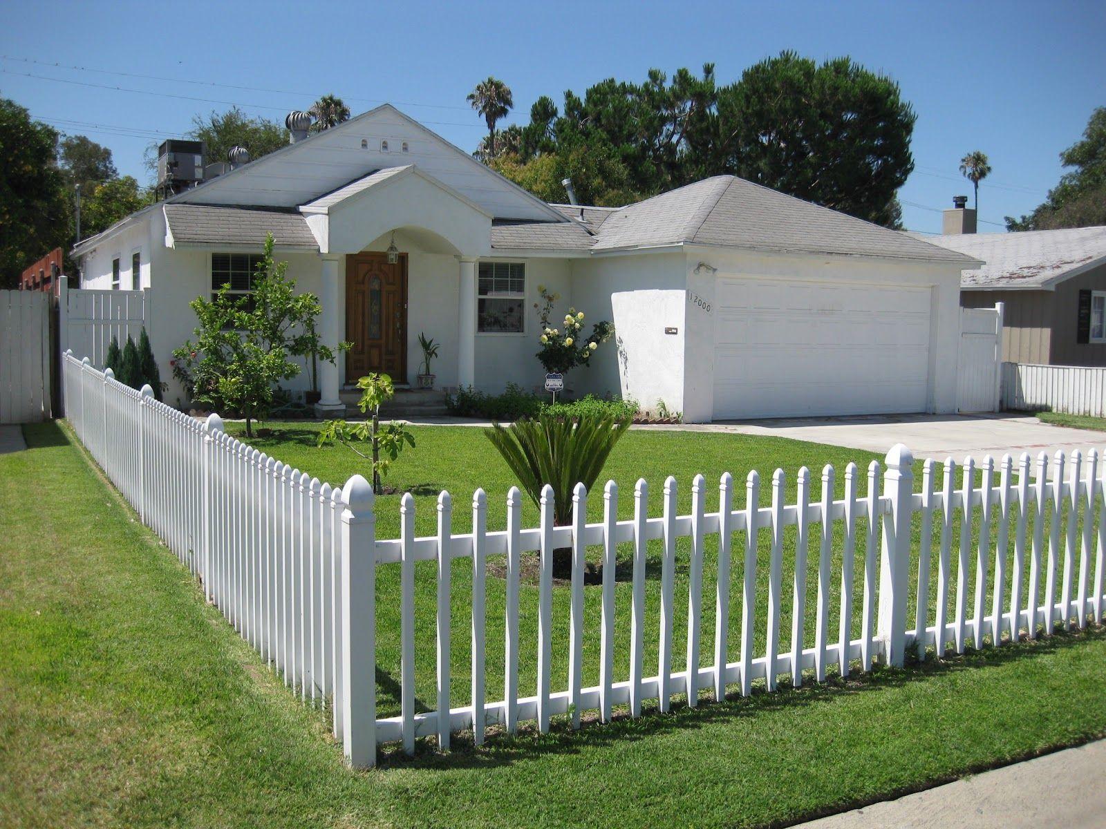 Vinyl White Picket Fence fence
