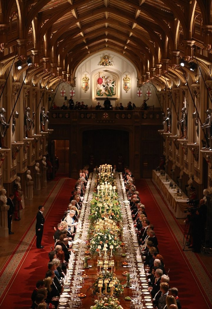 Kate S First State Banquet A Wedding In Devon More Interior De Palacio Castillo De Windsor Castillos