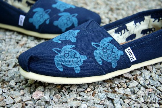 d294cd3a Sea Turtle Custom TOMS Shoes by themattbutler on Etsy, $75.00 Black Toms,  White Toms