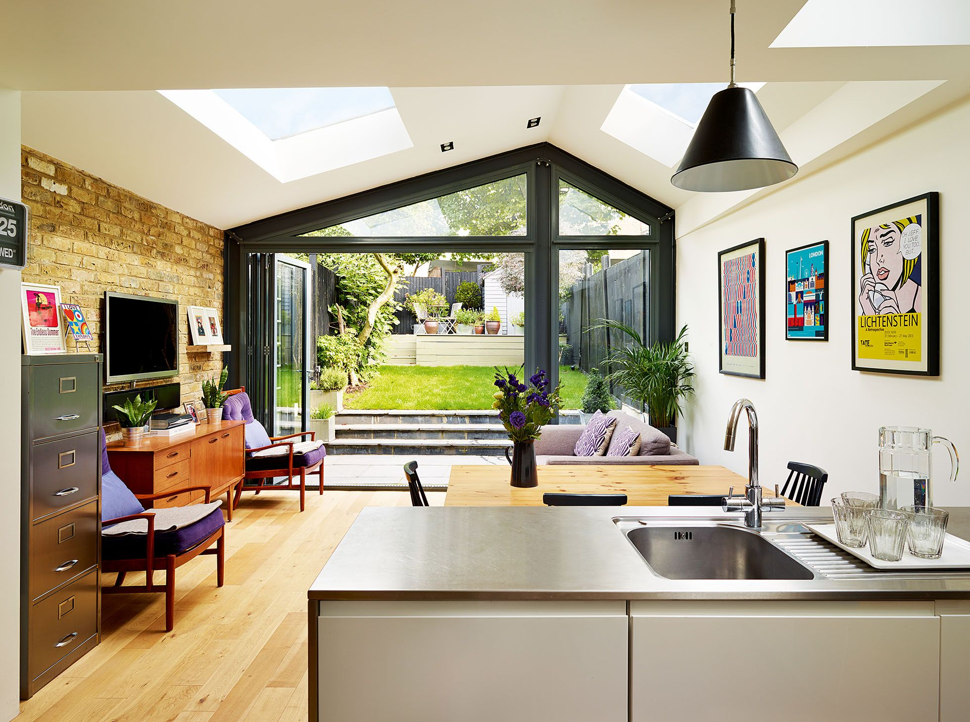 Creating a large family home with an openplan kitchen