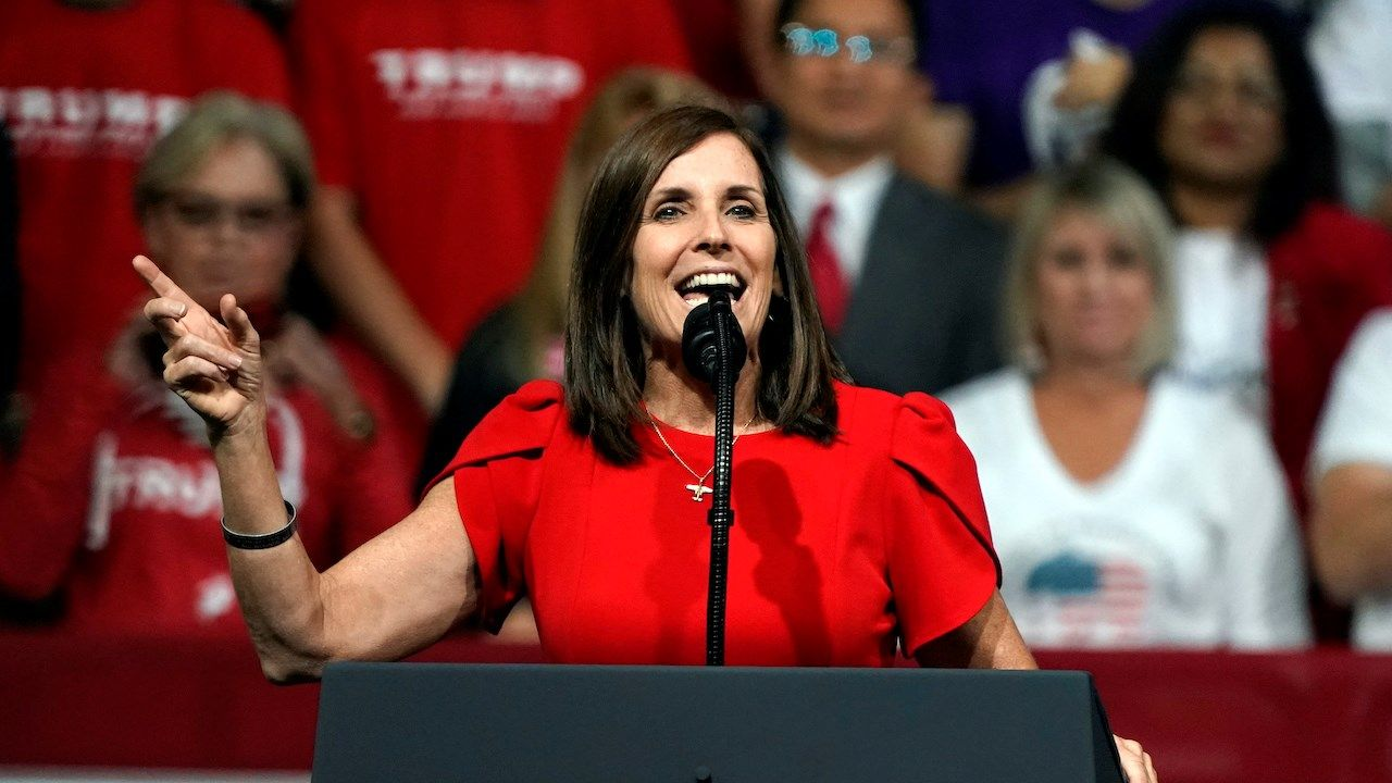 Sen. McSally Introduces Bill to Withhold Senate Pay Until