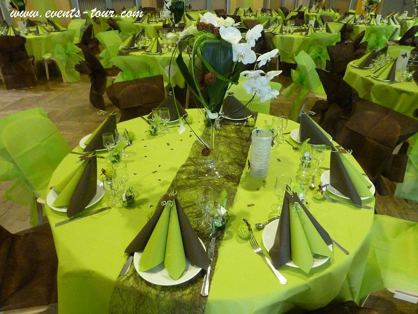 Decoration de table vert anis et marron chocolat - Vert anis marron ...
