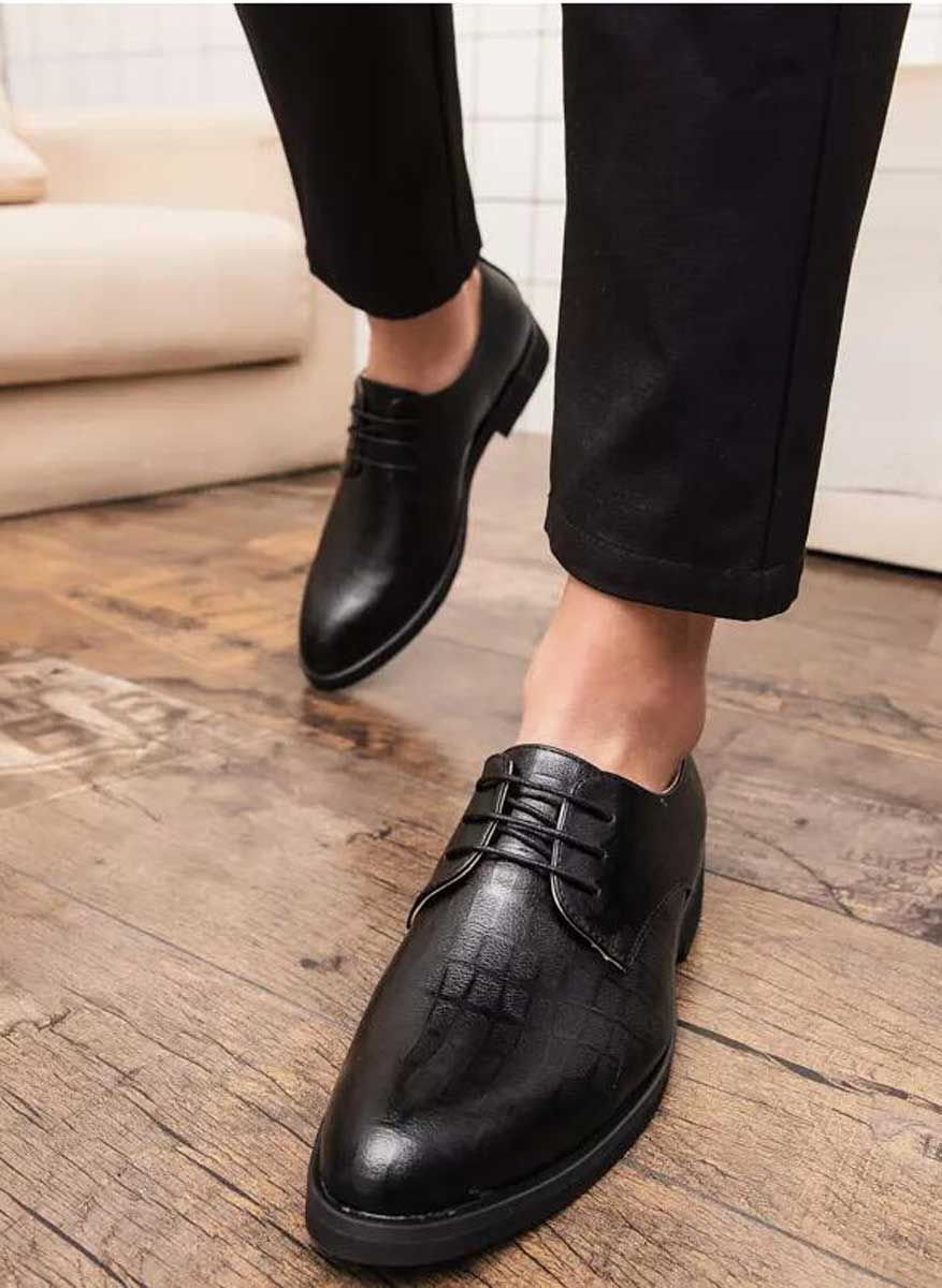 Black Leather Derby Dress Shoe With Check Detail In 2019 Men S