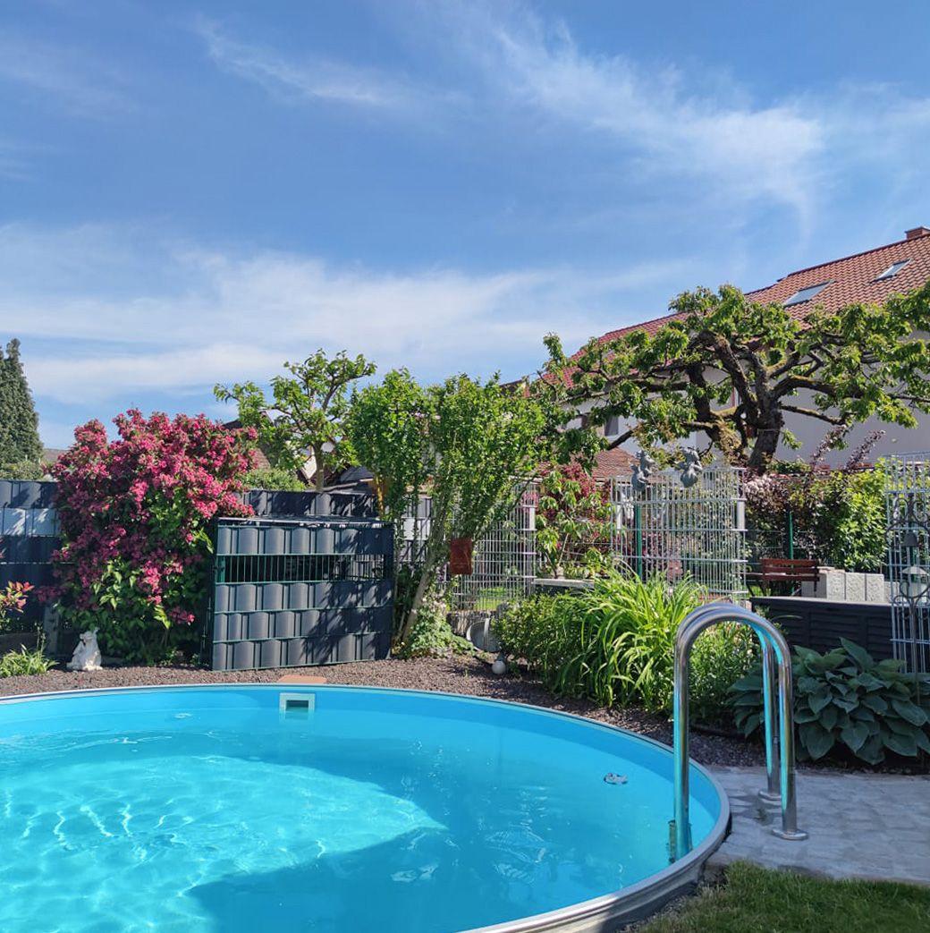 Gartenpool Rund Pool Im Garten Gartenpools Pool