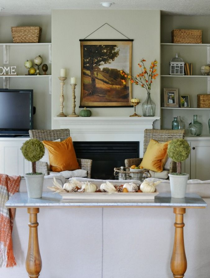 Fall mantel with traditional colors home decor autumn house tours also rh pinterest