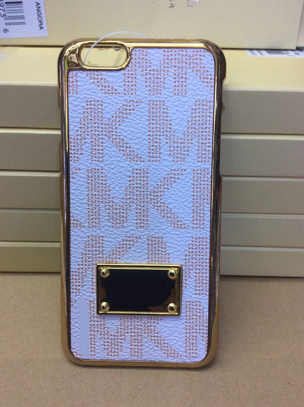 Michael kors iphone 7 white leather look with gold trim