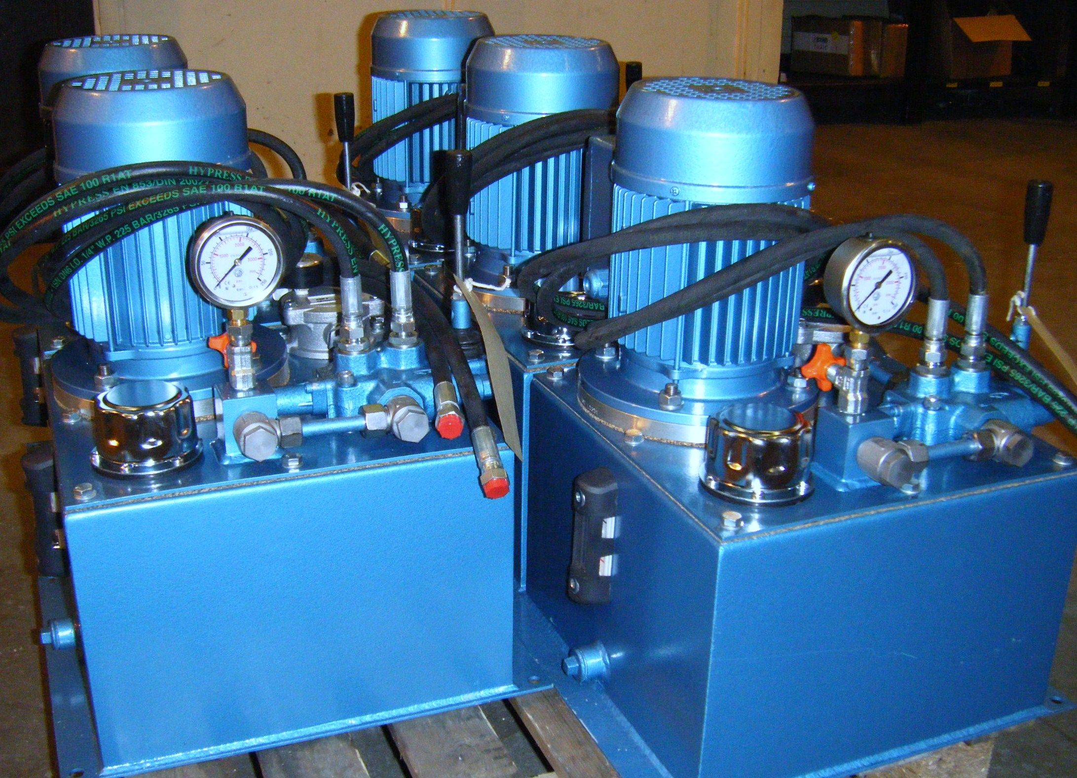 Five UHL PPS13 single phase hydraulic power packs designed, built , tested and ready to go. Each utilizing a Casappa pump, OMT suction & return line filters, OMT bell housing & drive coupling and a Walvoil directional hand lever control.  Call 01246 451711 to find out more about hydraulic power packs.