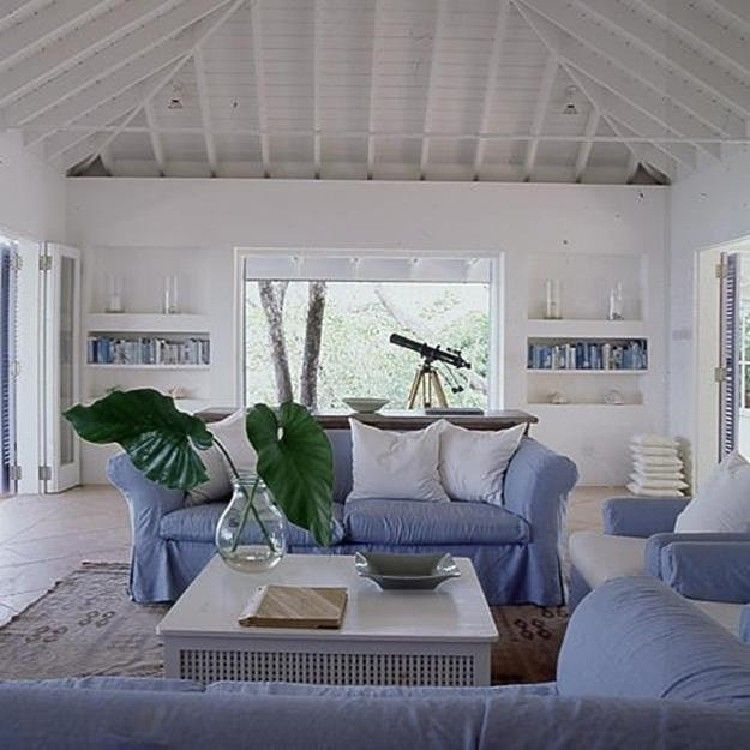 35 Admirable Coastal Decorating Ideas For Living Rooms