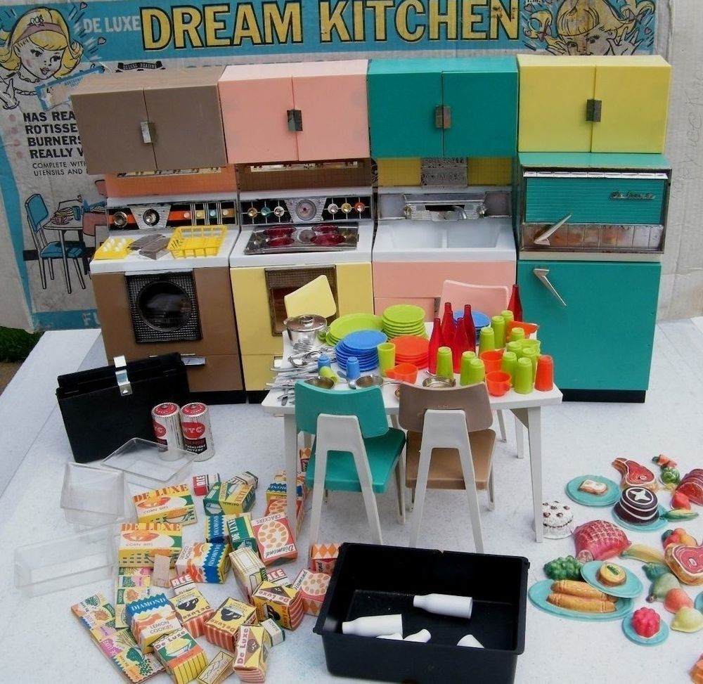 Vintage Deluxe Reading Dream Kitchen Play Set Toy 1960 S