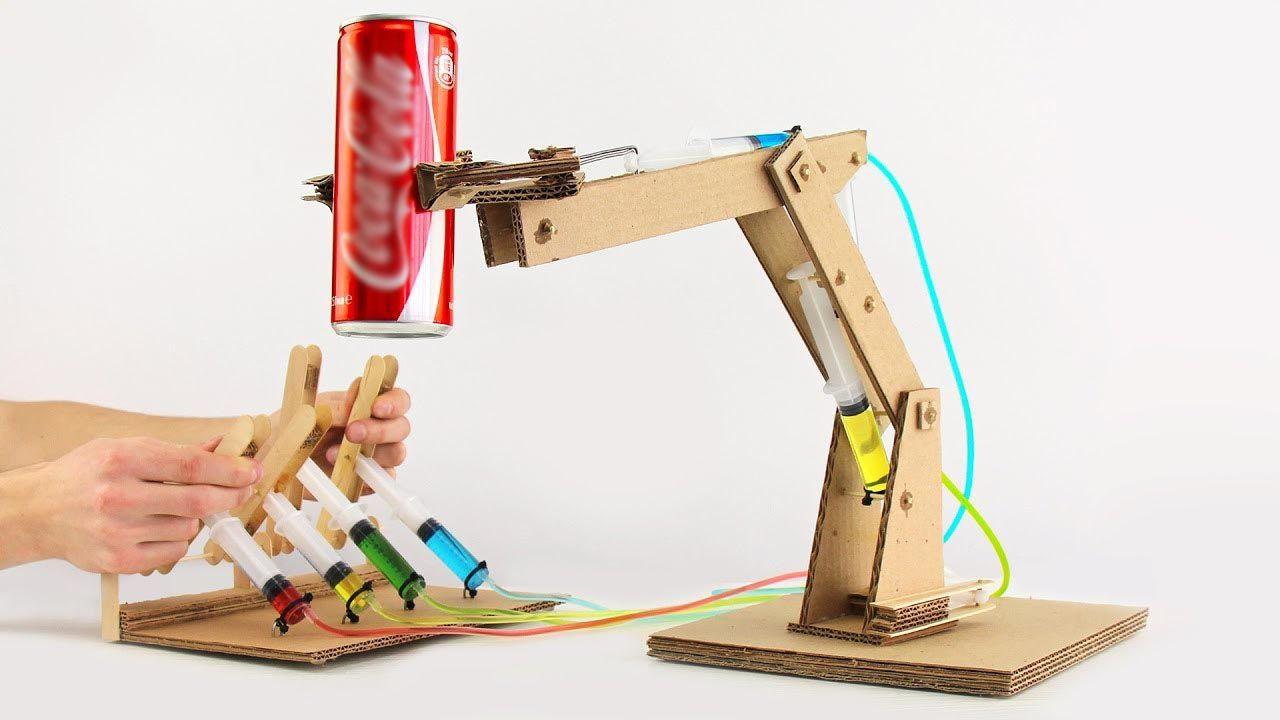 36bf109e131 Cómo construir un brazo robot hidráulico de cartón
