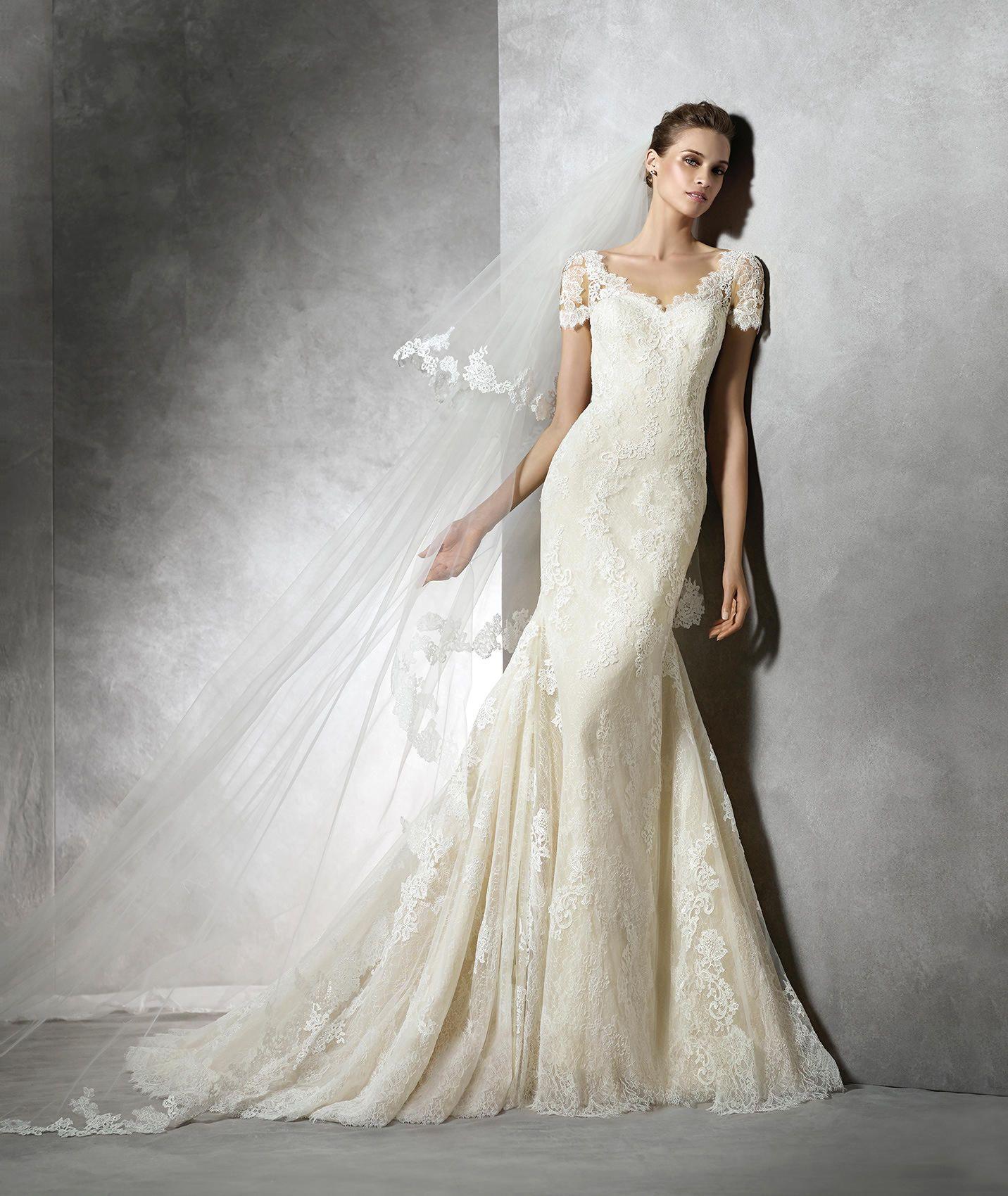 Short Sleeve V Neck Court Train Lace Trumpet Mermaid Wedding Dress ...