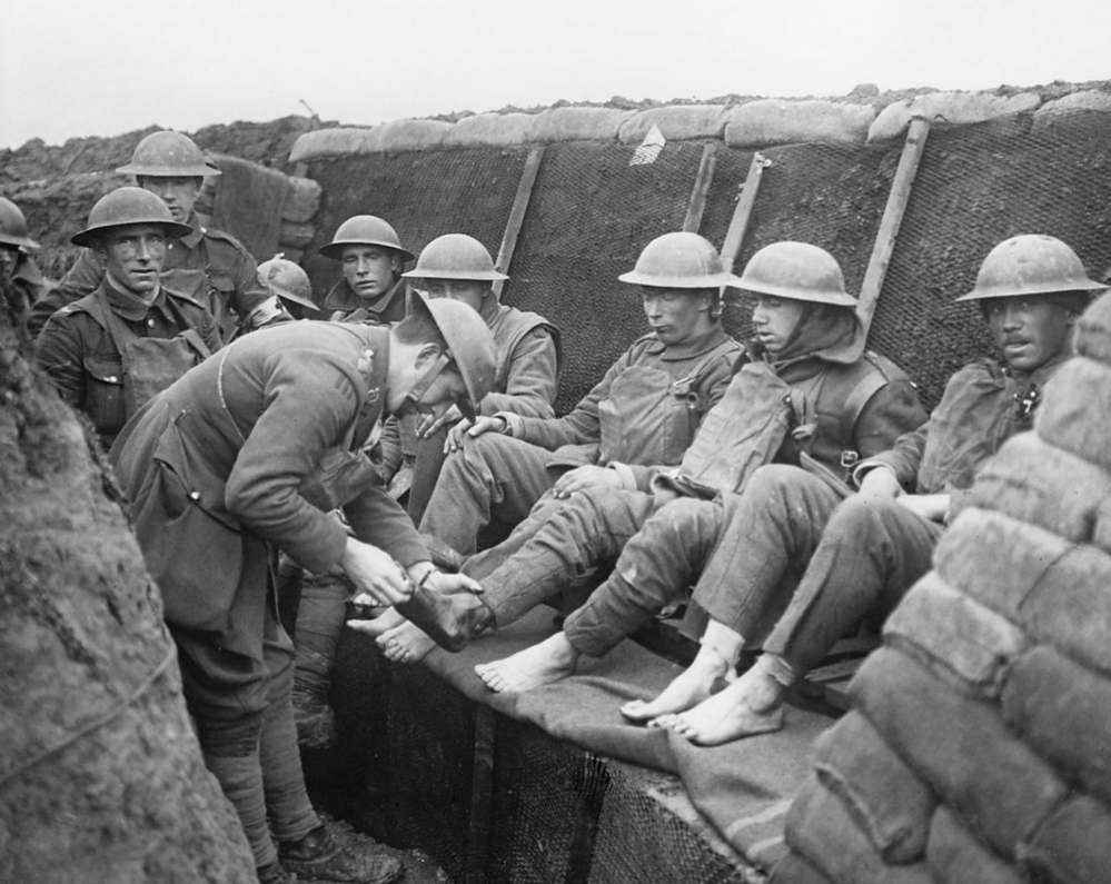 The Christmas Truce of 1914 Gave Soldiers In World War I At Least One Night of Peace   World war ...
