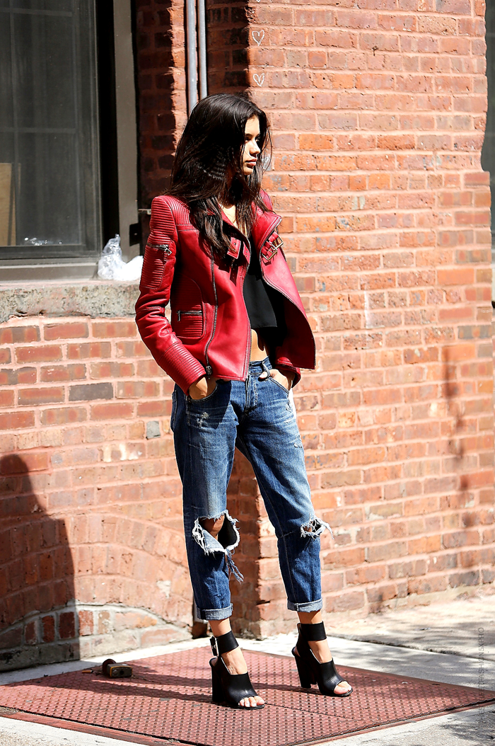 totally happy to see that from another angle. #SaraSampaio & her kick ass red moto #offduty in NYC.