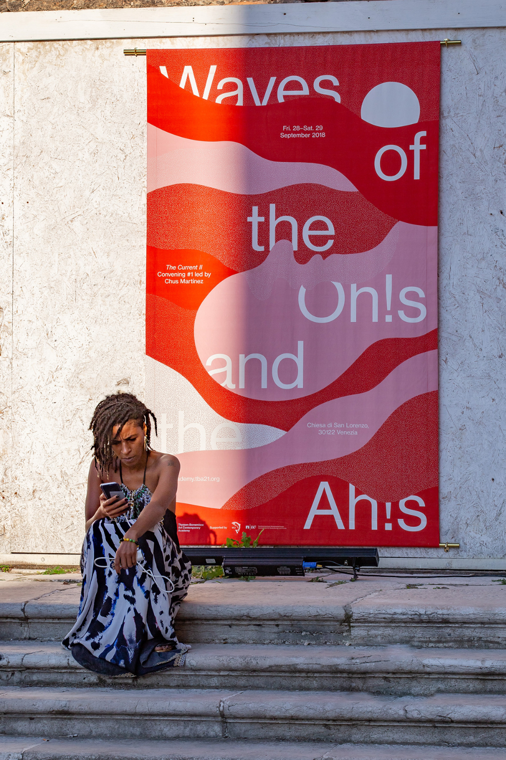 Waves Of The Oh S And The Ah S On Behance Plakat