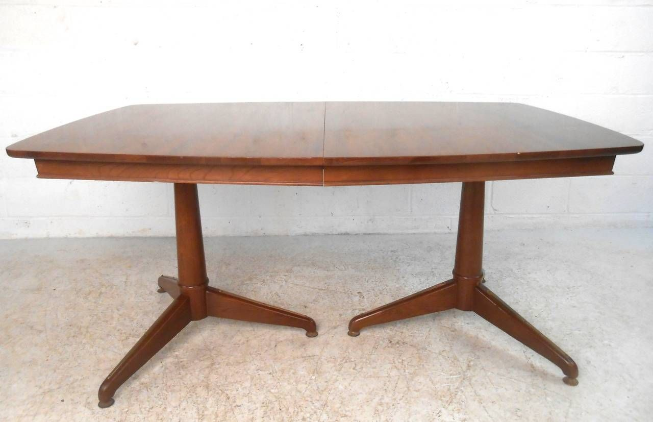 Mid Century Modern Kent Coffey Perspecta Dining Table For Sale At