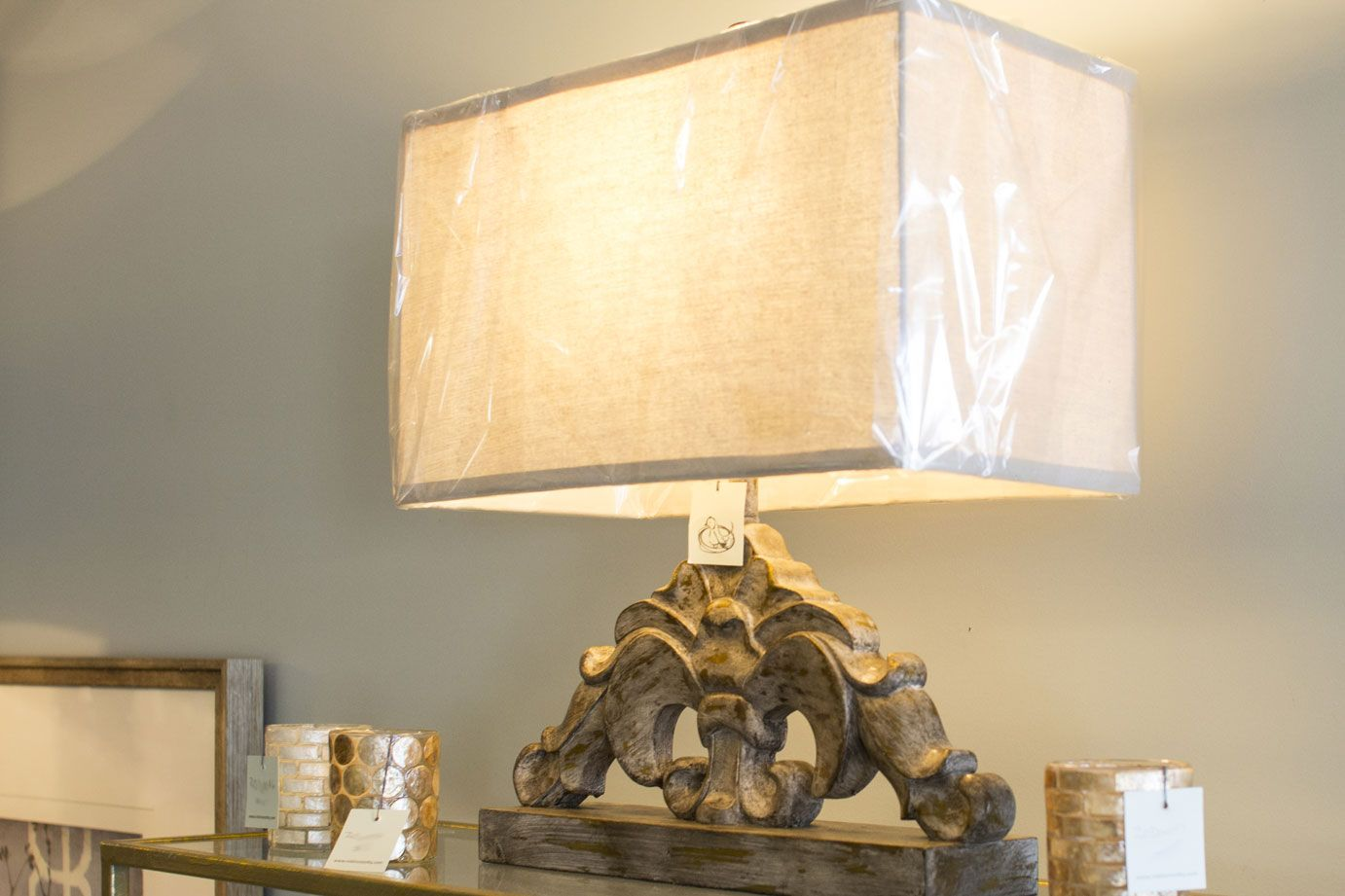 Lamp with square base and textured finish. Robin's Nest