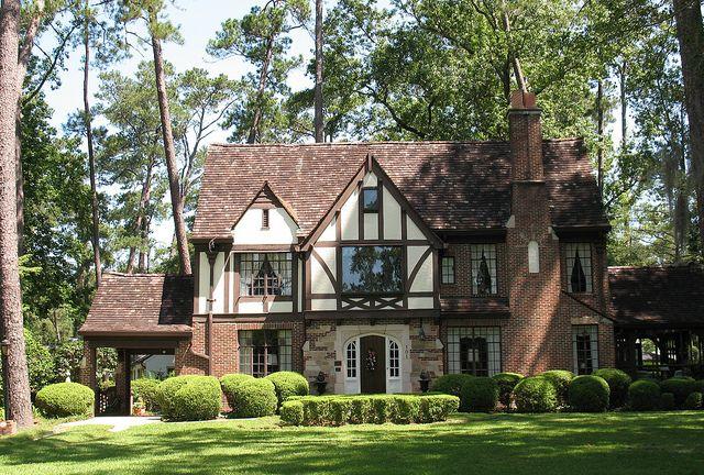 Joe M Beutell House Thomasville Ga Tudor House Exterior Tudor Style Homes English Tudor Homes
